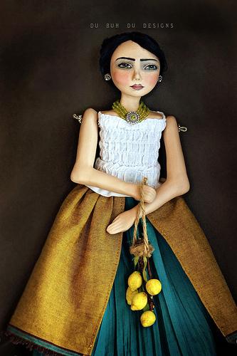 Tita_and_Lemons